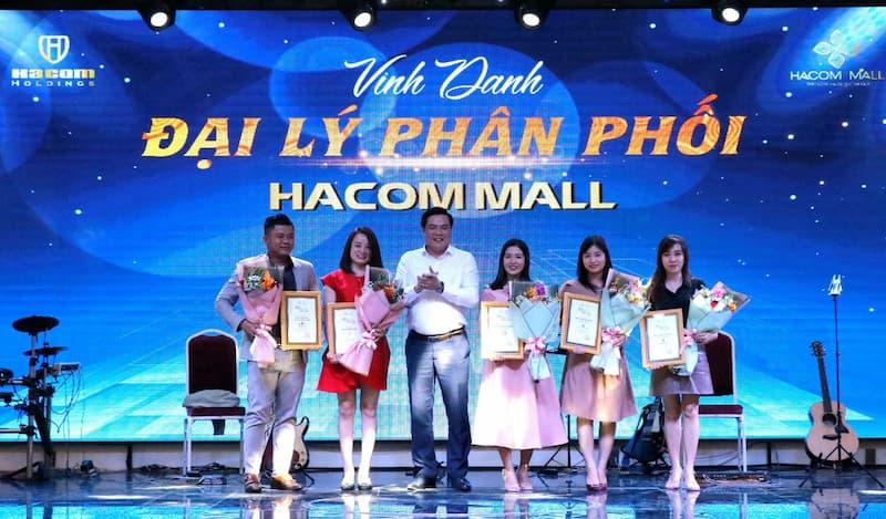 Vinh danh đại lý phân phối hacom mall